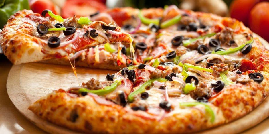 صور طريقة عمل البيتزا بالدجاج , اسهل طريقة لعمل البيتزا بالدجاج