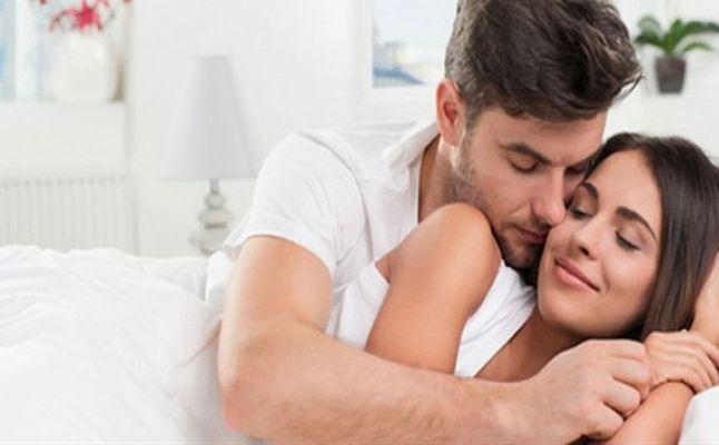 صورة كيف اثير زوجتي , تعرف على اسس تجعل زوجتك ترغب بك