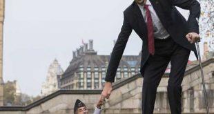 صورة اطول رجل في العالم , تعرف على غرائب البشر