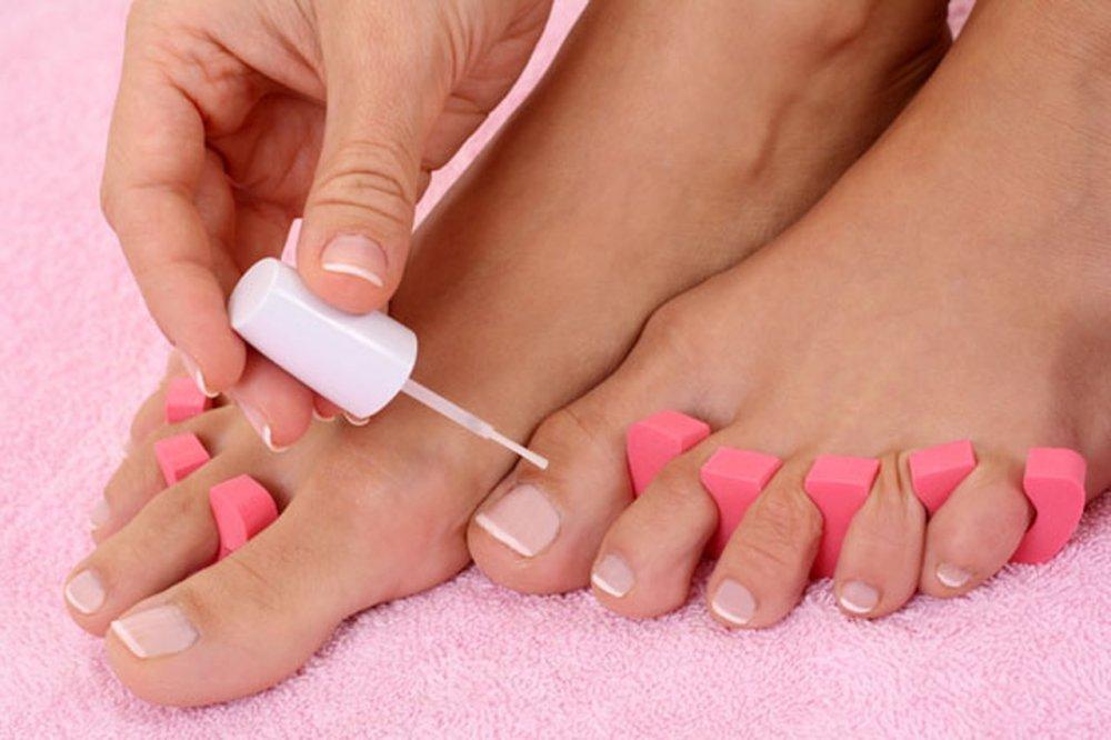 صورة العناية باظافر القدم , نصائح طبية للعناية بالاظافر