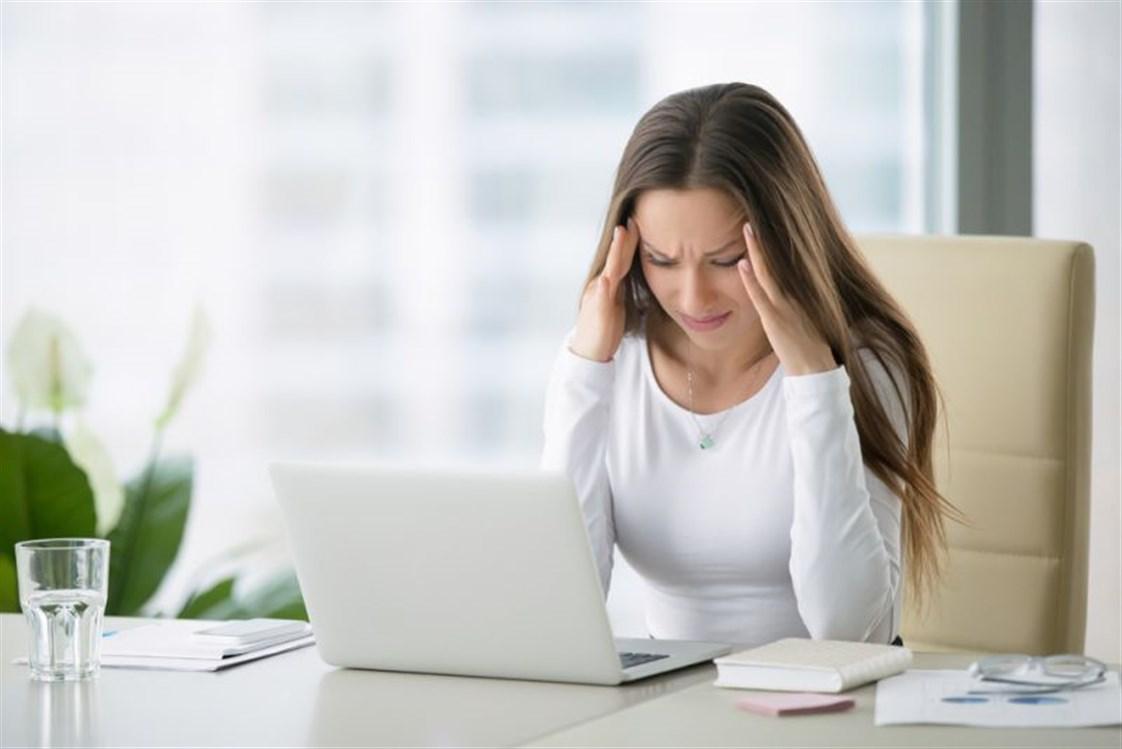 صورة هل الحمل يسبب صداع , اعراض الحمل