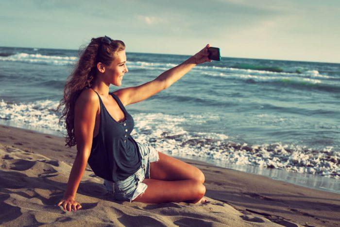 صورة اجمل بنات في العالم على البحر , لقطات فتيات على الشاطىء