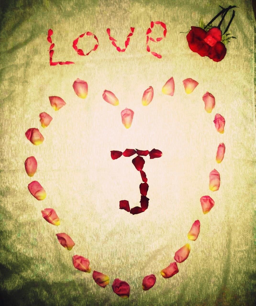 صورة صور حرف j , تفاصيل مميزه عن حرف j
